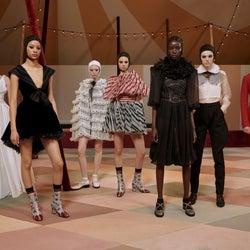 中村アンらが華やかに来場「Dior」2019春夏オートクチュールコレクションお披露目
