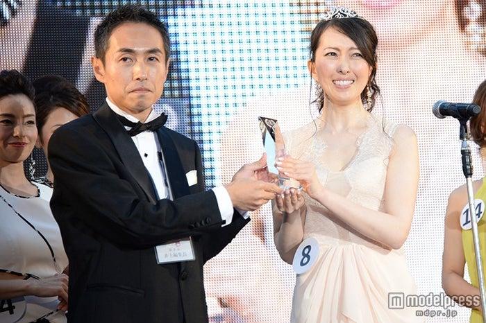 井上智明編集長、小宮山順子さん
