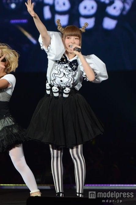 「第15回 東京ガールズコレクション 2012AUTUMN/WINTER」に出演したきゃりーぱみゅぱみゅ