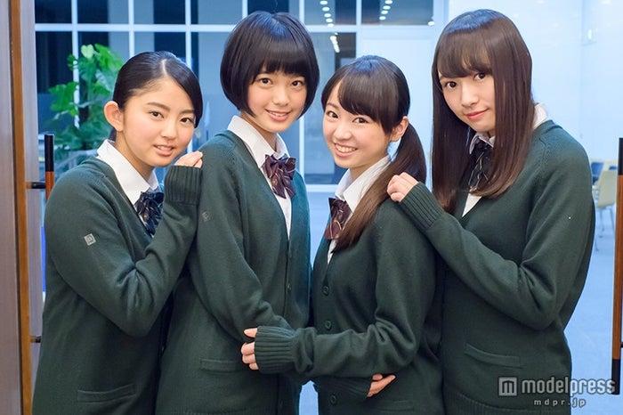 欅坂46を直撃!「私のここを知ってほしい」/左から:鈴本美愉、平手友梨奈、今泉佑唯、渡辺梨加【モデルプレス】