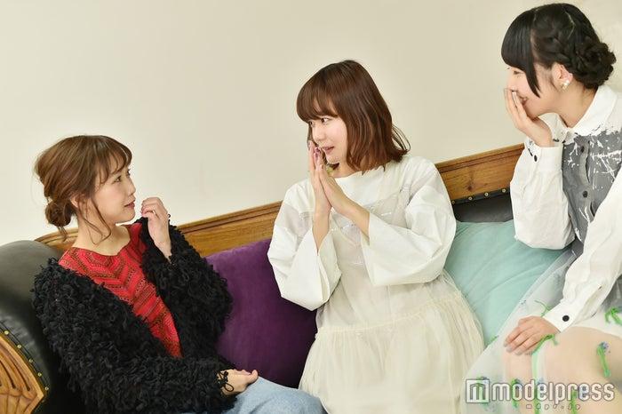 和やかな座談会に/田中里奈、吉澤嘉代子、相沢梨紗(C)モデルプレス