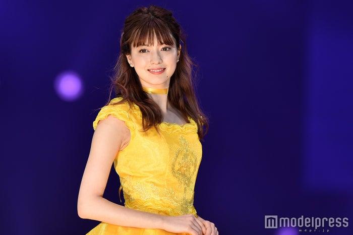 八木アリサ、ゴージャスドレスで美貌際立つ 圧巻オーラで魅了<札幌コレクション2017> (C)モデルプレス