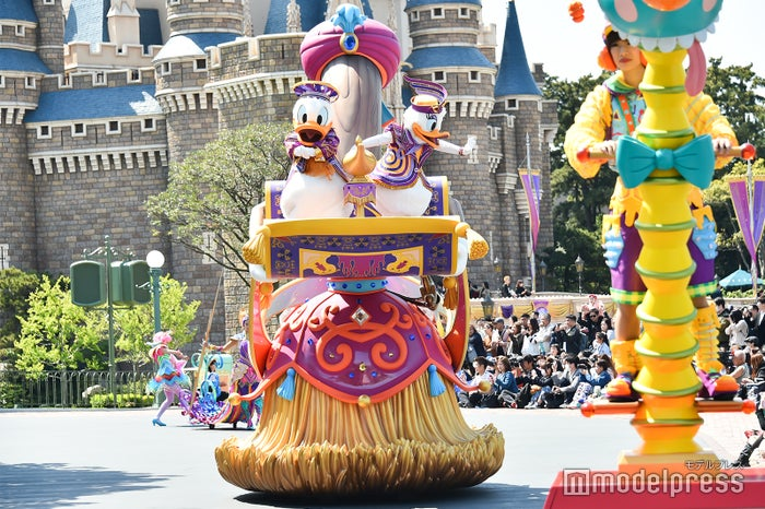 ドナルド、デイジー/パレード「ドリーミング・アップ!」(C)モデルプレス(C)Disney