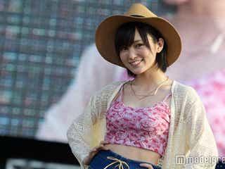 NMB48山本彩、美バスト&くびれ魅せ 圧巻美ボディが沖縄に輝く
