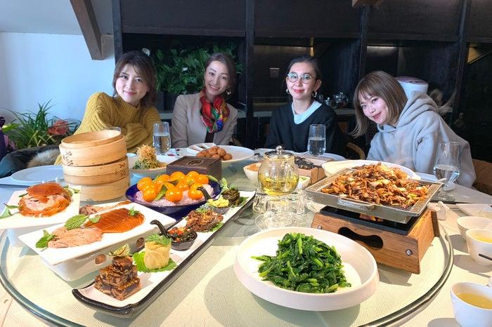 大皿をみんなでシェア、これぞ中華料理の醍醐味(提供写真)