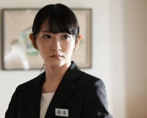「真犯人フラグ」生駒里奈演じる謎の女・本木陽香の職業が明らかに……