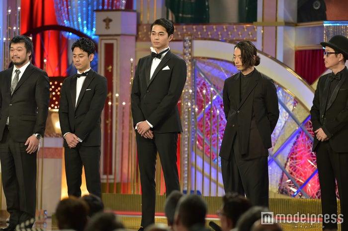 (左から)竹原ピストル、妻夫木聡、東出昌大、森山未來、リリー・フランキー(C)モデルプレス