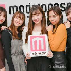 (左から)林みなみ、犬塚花菜子、齋藤万莉奈、武藤ジャスピン、竹村夏音(C)モデルプレス