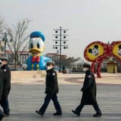 上海ディズニーランド、営業再開へ 他社の指標となるか