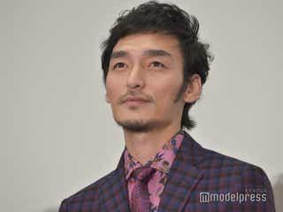 草なぎ剛、主演映画公開延期にコメント 新井浩文逮捕で