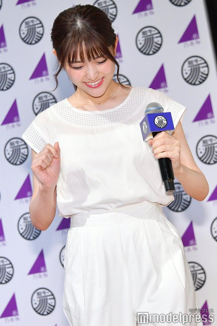 元気よく「行ってきまーす!」と着替えに行く松村沙友理 (C)モデルプレス