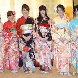 SKE48メンバー/(左から)小石公美子、都築里佳、内山命、谷真理佳、山下ゆかり、高畑結希(C)モデルプレス