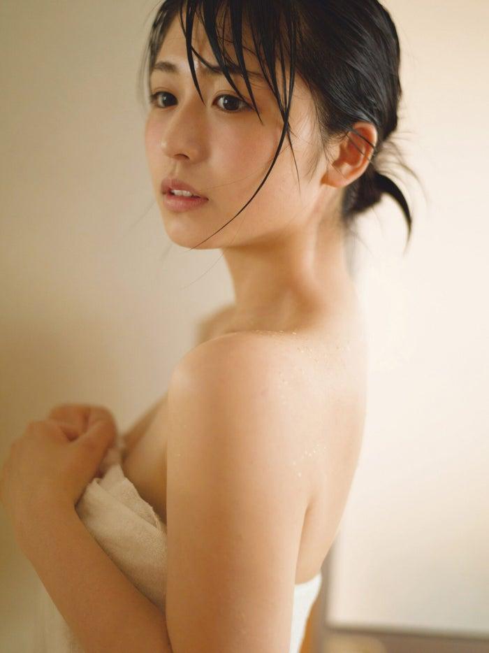 長濱ねる1st写真集『ここから』(講談社)/撮影:細居幸次郎