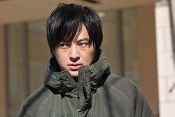 塚本高史/「ホリデイラブ」第3話より(C)テレビ朝日