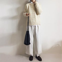 ニットに飽きてきた人必見! 防寒対策ばっちりな冬のシャツスタイル4選