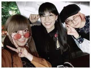 きゃりー、Perfumeあ~ちゃん&SCANDALまみたすとのプライベート 3ショットに「混ざりたい」「丸眼鏡トリオ可愛い」と反響