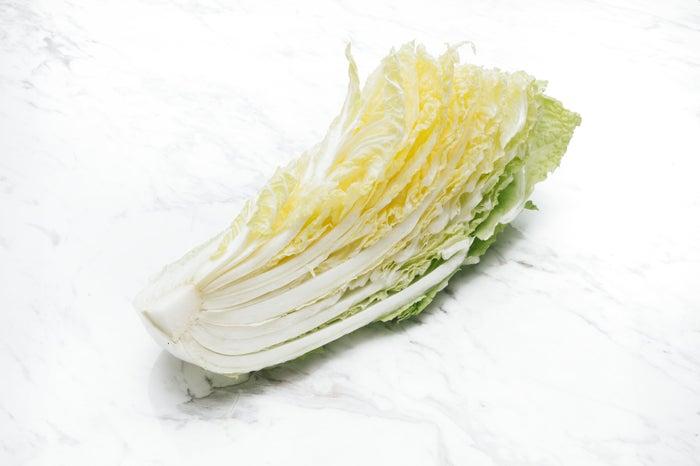 キャベツの代わりの白菜を/photo by  写真素材ぱくたそ(C)すしぱく