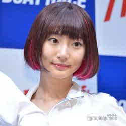 モデルプレス - 武田玲奈、田中圭らにバレンタインサプライズ 本命チョコの予定は?