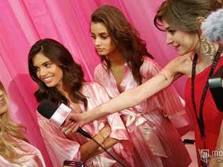 モデルプレス「ヴィクトリアズ・シークレット」ファッションショー舞台裏でテイラー・ヒルらにインタビュー 瑛茉ジャスミンがリポート