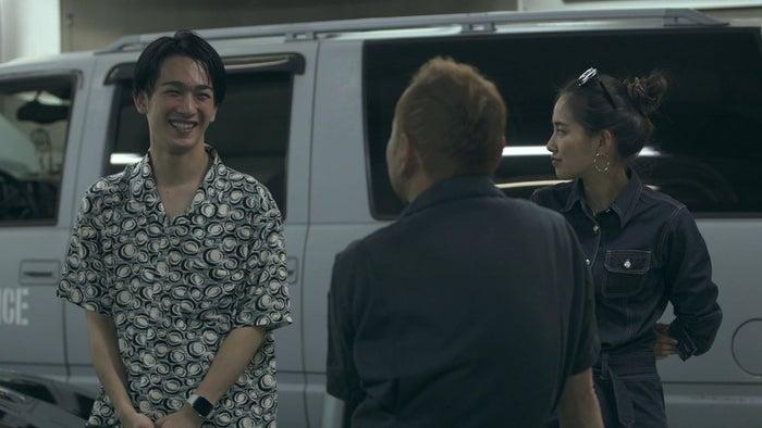 流佳、春花「TERRACE HOUSE TOKYO 2019-2020」6th WEEK(C)フジテレビ/イースト・エンタテインメント