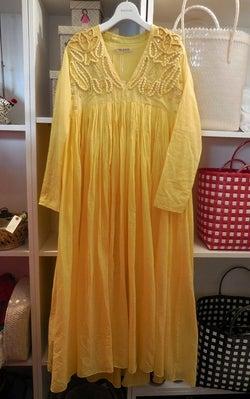 「ハウスオブロータス」春夏 手仕事を楽しむドレス