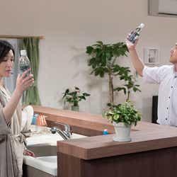 (左から)広末涼子、ムロツヨシ(C)NHK