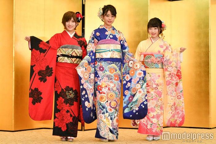 STU48(左から)岡田奈々、瀧野由美子、森香穂 (C)モデルプレス