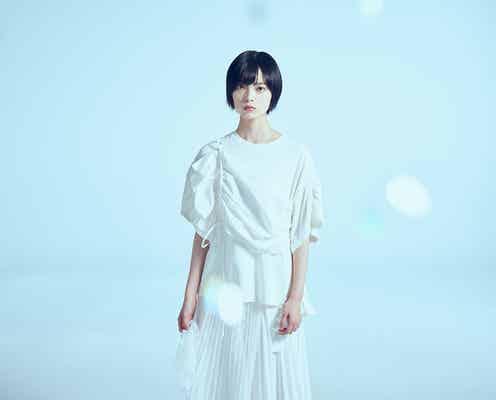 平手友梨奈、NHKドラマ初出演で主演決定 女性騎手役に挑む<風の向こうへ駆け抜けろ>