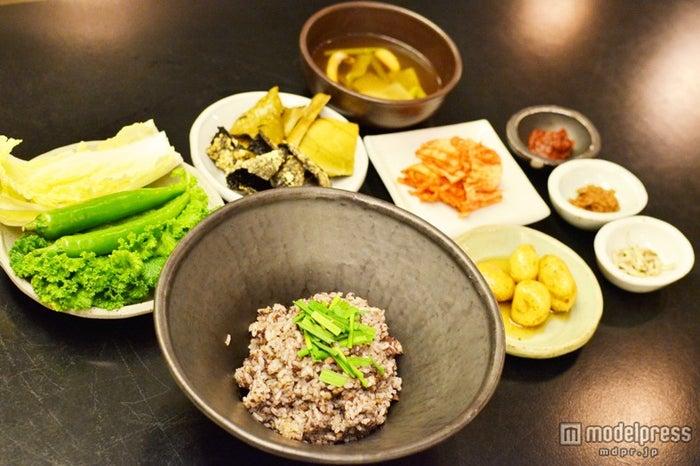 ニラとタコの辛味噌混ぜご飯