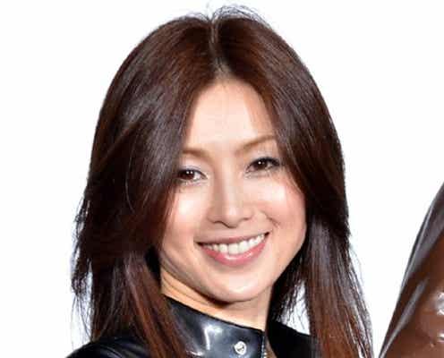 """酒井法子、AKB48の""""恋愛禁止ルール""""に言及 復帰後初イベント"""