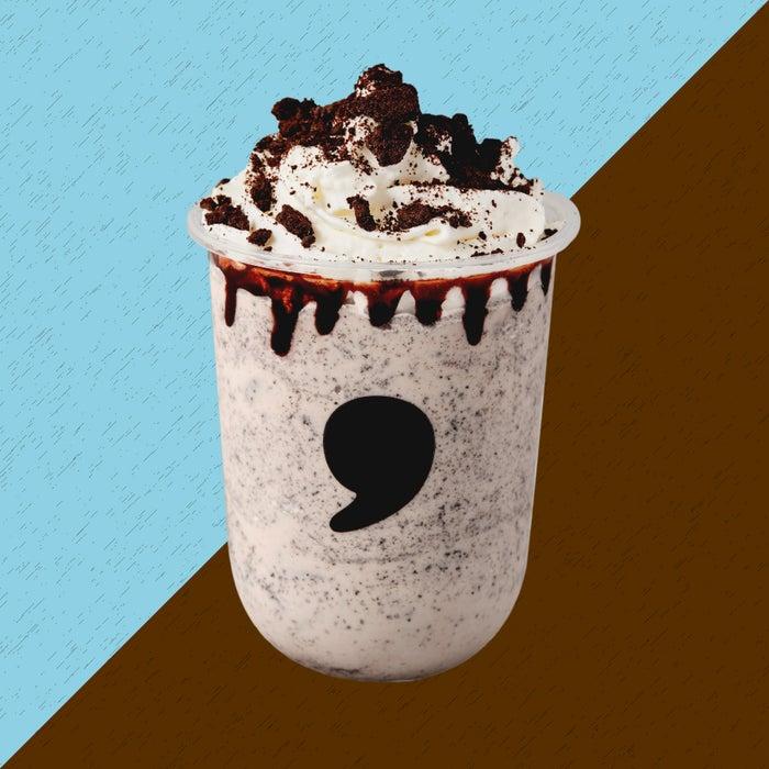 comma クッキーフラッペ/画像提供:ティーカンパニー
