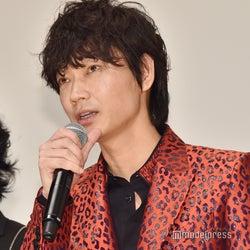 綾野剛、嵐公式インスタにコメント ファンも「待ってました!」と歓喜