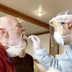 感染検査、来週にも保険適用 新型肺炎対応で厚労相