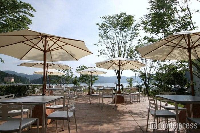 「芦ノ湖テラス」のイタリアンレストラン「ラ・テラッツァ」/画像提供:芦ノ湖テラス