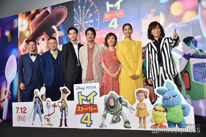 (左から)チョコレートプラネット、竜星涼、唐沢寿明、戸田恵子、新木優子、ダイアモンド ユカイ(C)モデルプレス