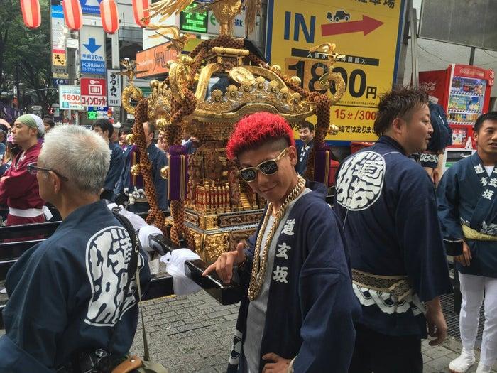 「渋谷区観光大使パーティーアンバサダー」に任命されたあっくん(画像提供:所属事務所より)
