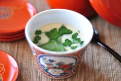 おでんの残りスープを有効活用! 簡単「茶わん蒸し」