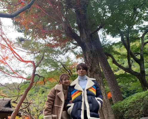 辻希美『COACH』のバッグを取り入れた私服コーデを披露「今までに無い撮影でドキドキ」