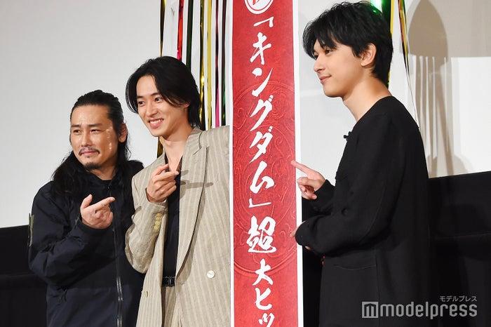 (左から)坂口拓、山崎賢人、吉沢亮 (C)モデルプレス