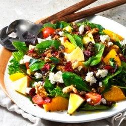 サッと作れる!一皿で大満足のおしゃれなフルーツサラダレシピ