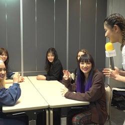 E-girls、メンバーの意外な才能が開花?武部柚那が楽屋突撃