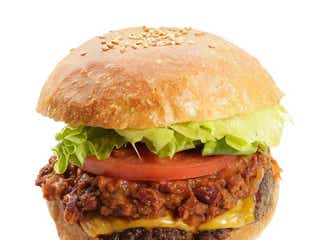 原宿にバーガーショップ「ジューザバーガー」いちごの果肉感溢れるシェイク&手作りグルメバーガー