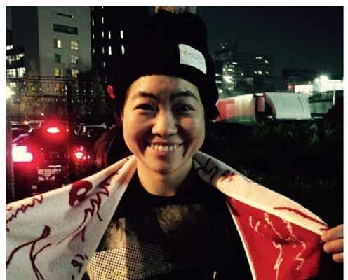"""イモトアヤコ、安室奈美恵""""名前入り""""アルバムをゲット"""