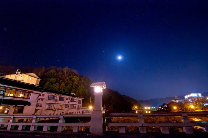 ロマンチックな星空が広がっています (提供写真)