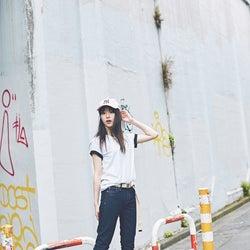 「ソニー損保」CMで話題の美女・唐田えりか、ボーイッシュスタイルでギャップにドキッ!「mini」で新連載スタート