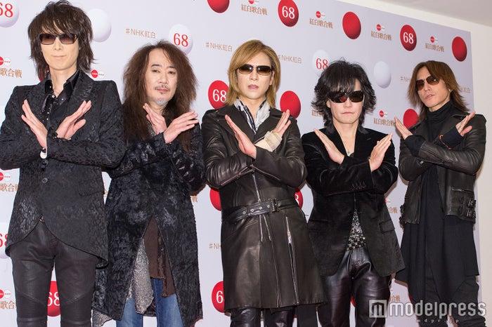 X JAPAN(左から)HEATH、PATA、YOSHIKI、Toshl、SUGIZO/※写真は囲み取材時(C)モデルプレス