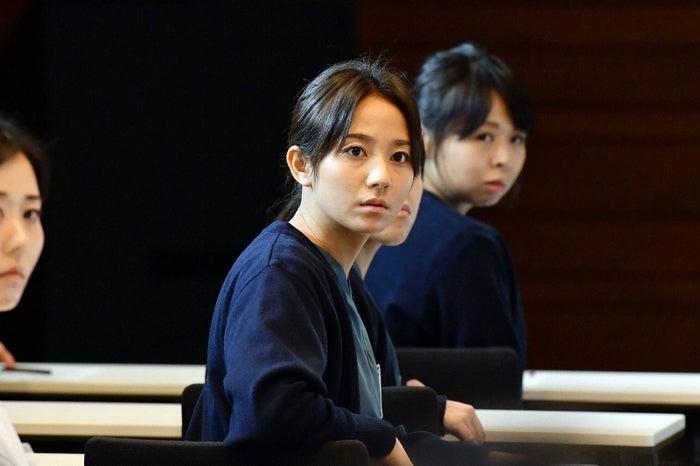 木村文乃「A LIFE~愛しき人~」第1話より(C)TBS