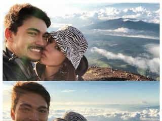 テラハ島袋聖南、恋人・石倉ノアと富士登山「ずっと手を差し伸べてくれた」 頂上でのラブラブショットに反響