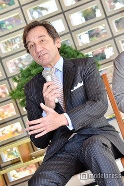 モデルプレス - 嵐・櫻井翔、思わぬスカウトに恐縮「修行中の身です」 駐日フランス大使と接見