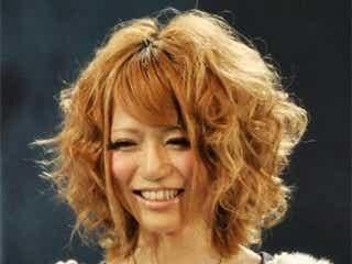 松岡里枝、「Ank Rouge」でアパレル業界の新人賞受賞